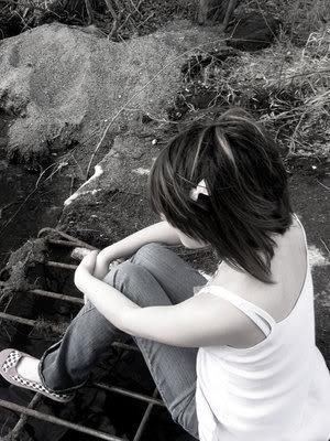 تنهای تنهام...